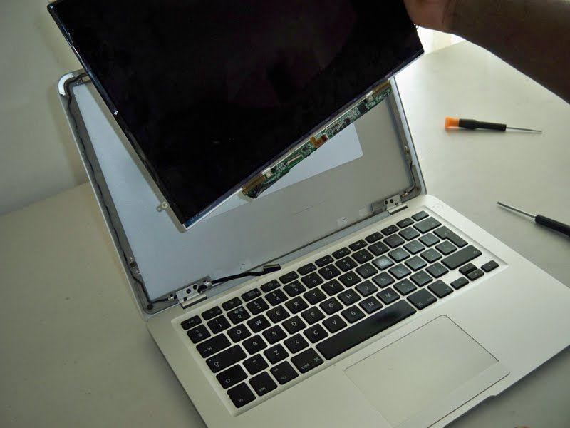 Macbook Screen Repair in Dubai   Macbook Screen Replacement